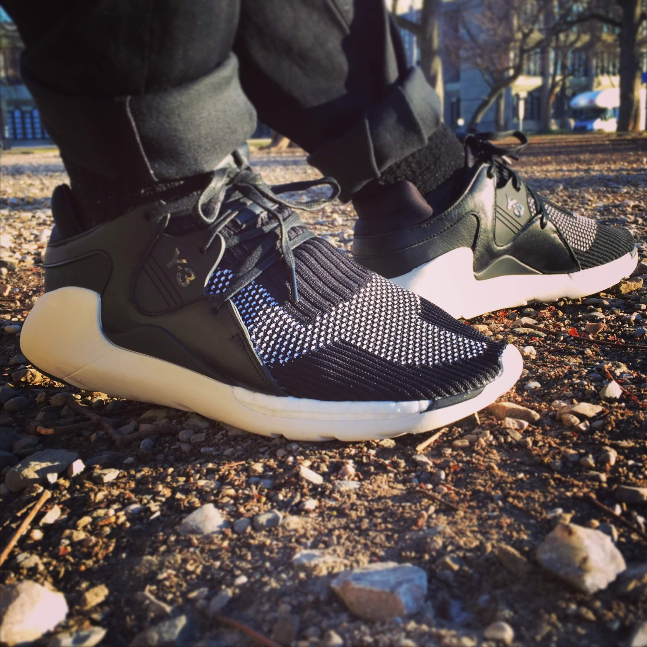 Y-3-Boost-QR-Knit-Side-View
