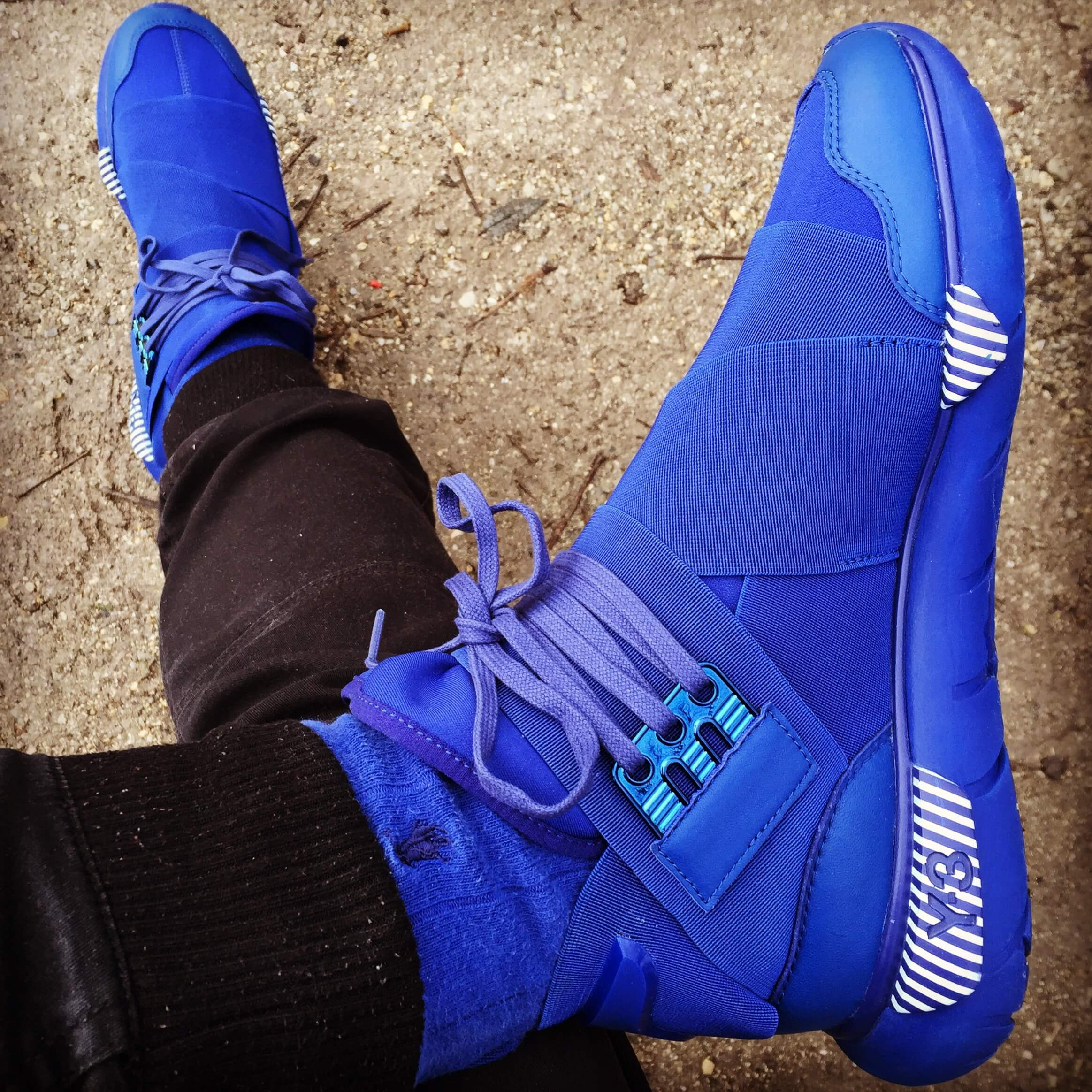 Y-3-Qasa-High-Royal-Blue-Top-View