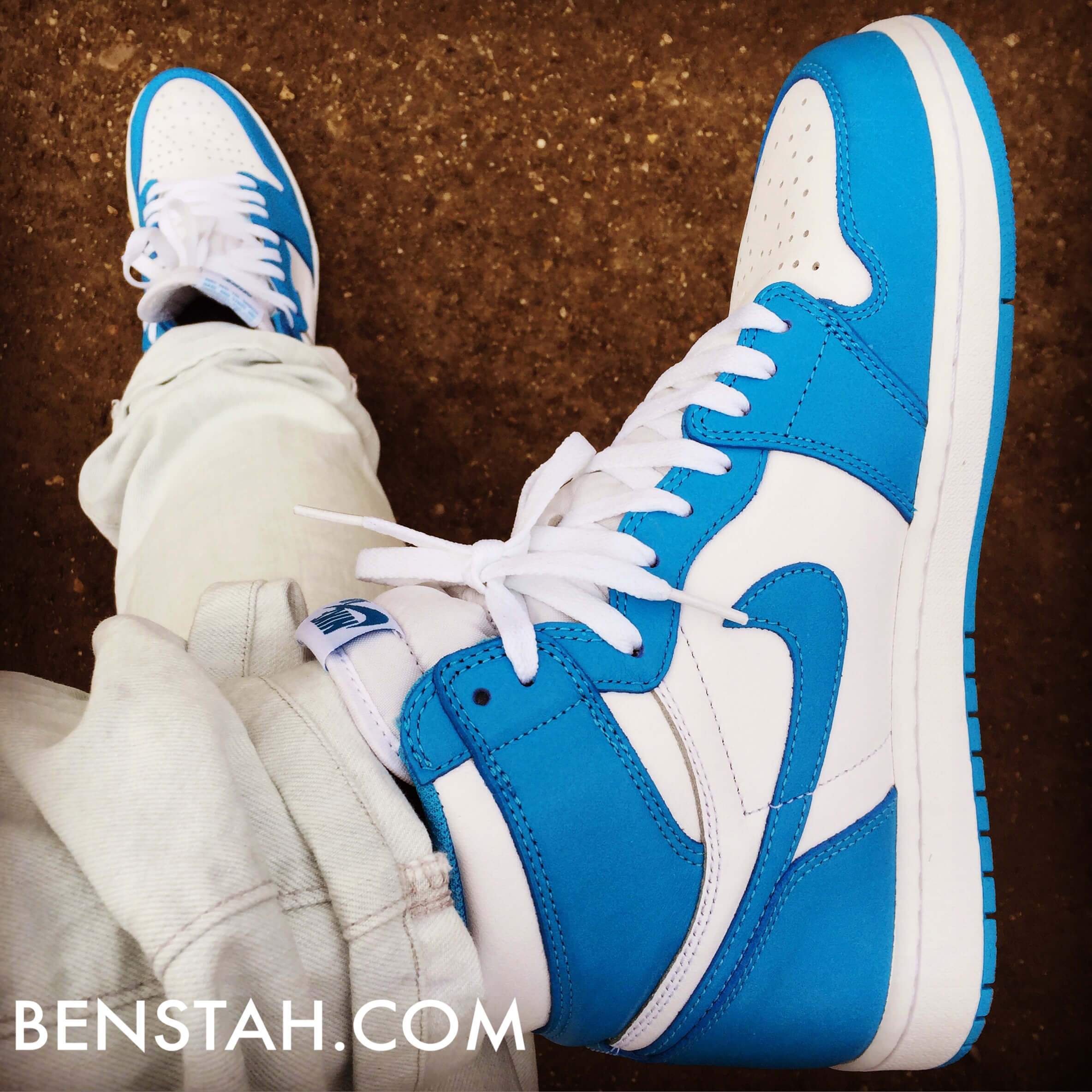 Air-Jordan-1-OG-UNC-Top-View-Benstah-Onfeet