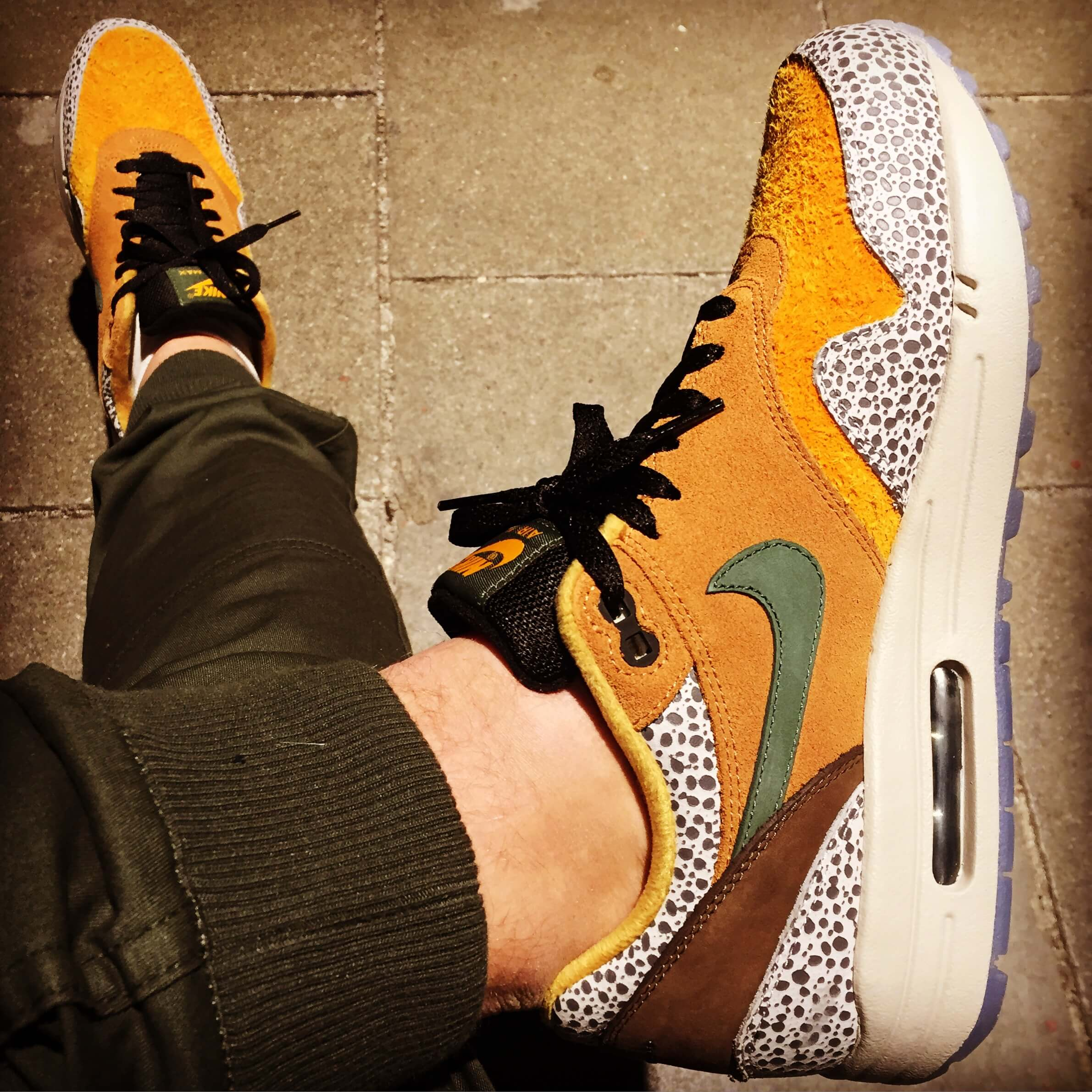 Nike-Air-Max-1-Safari-x-Atmos-Top-View-Benstah-Onfeet