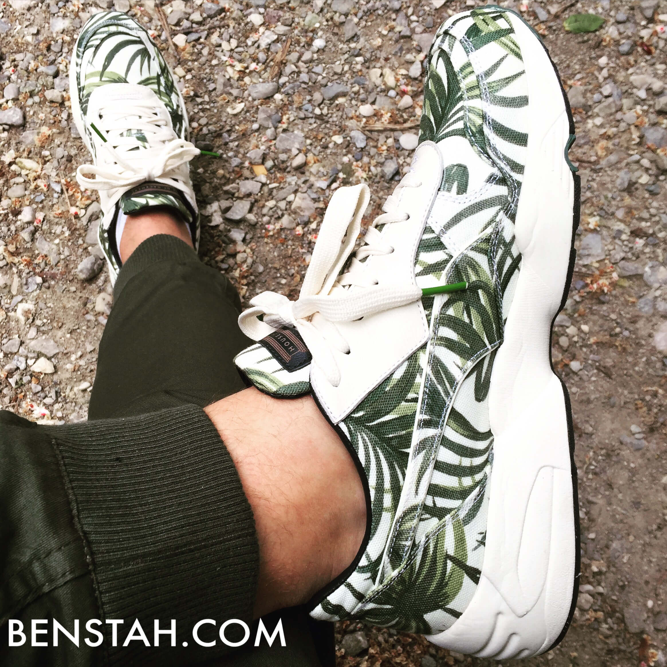 Puma-House-of-Hackney-x-R698-Palm-Top-View-Benstah-Onfeet