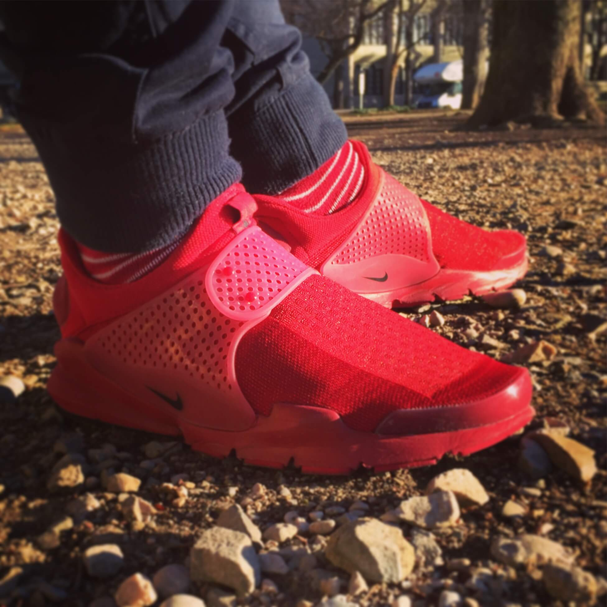 Nike-Sock-Dart-SP-Independence-Day-Side-View-Alternate