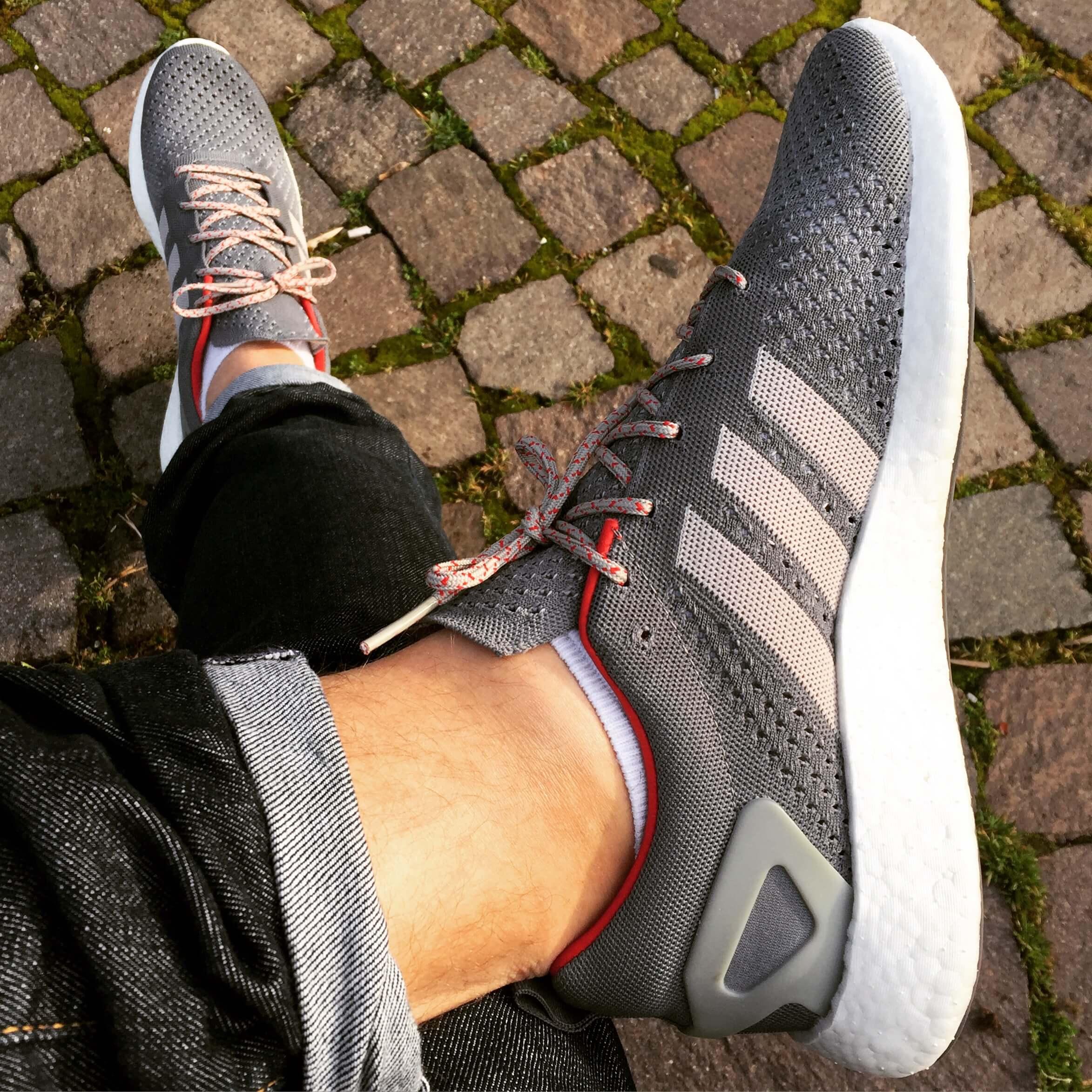 Adidas-Pure-Boost-Primeknit-Top-View-Benstah-Onfeet