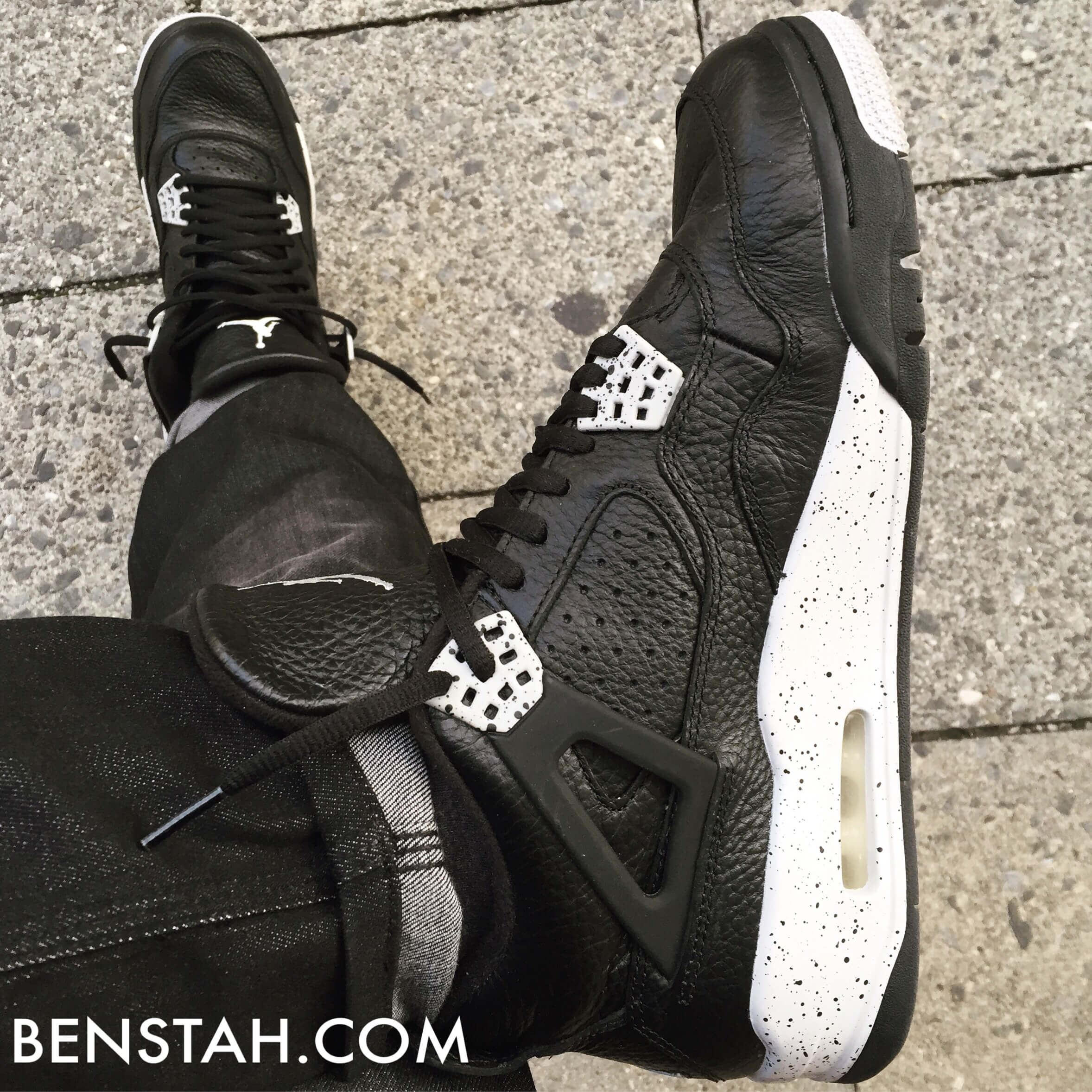 Air-Jordan-4-Oreo-Top-View-Benstah-Onfeet