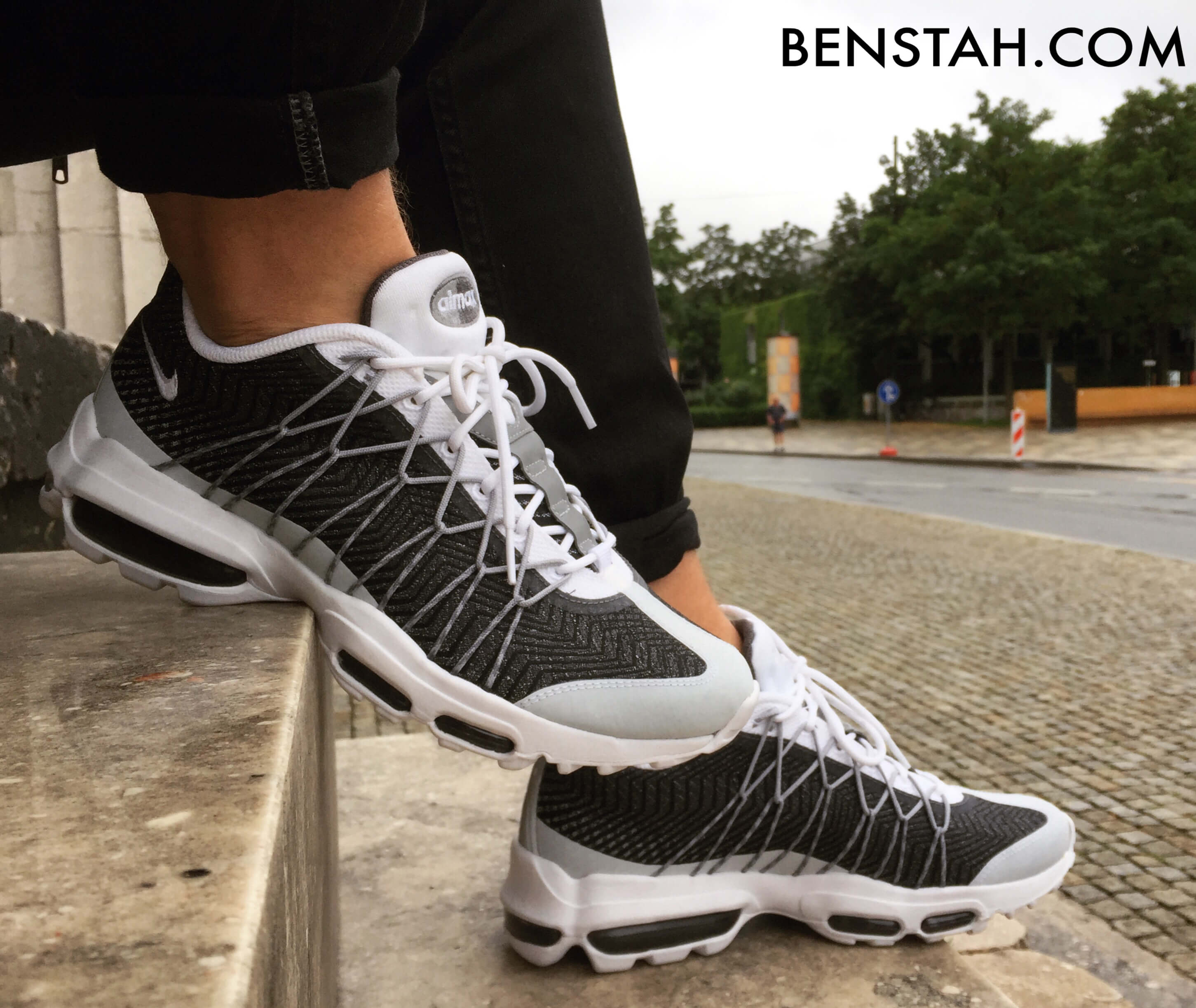 nike-air-max-95-ultra-jacquard-side-view-benstah-onfeet